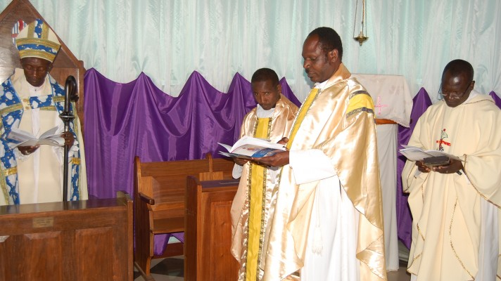 Bishop-Matthew-Enthronement-2