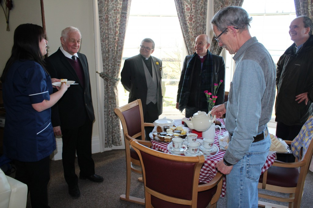 An overview with tea and cake
