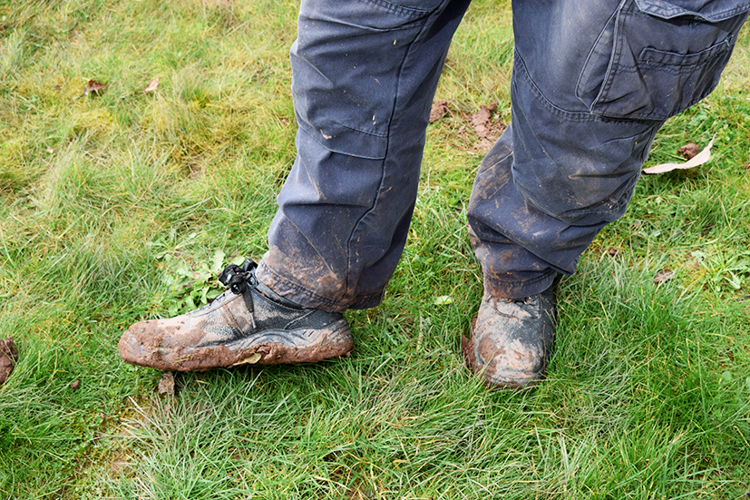 Muddy marvellous ground force tackles community garden for Ground force garden designs