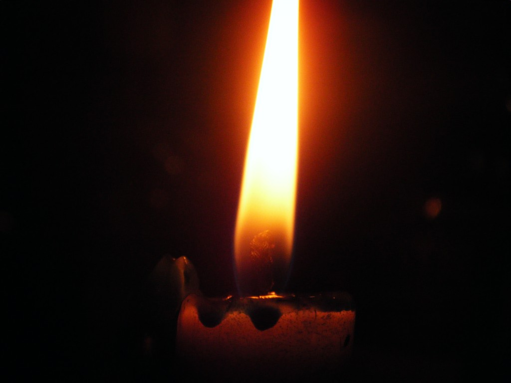 candle-1024x768